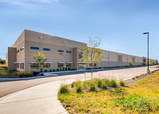 CBRE Arranges $28 Million Off-Market Sale of Smith Road Commerce Center in Aurora to Clarion Partners, the Group Behind Last Year's Record-Setting Denver Industrial Portfolio Acquisition
