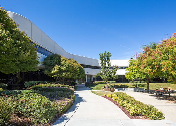 CBRE Arranges Sale and Financing of Hellyer Oaks Technology Park in San Jose