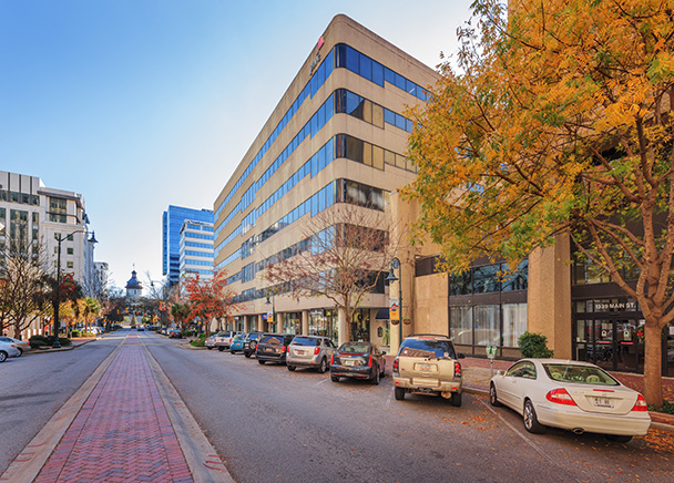 CBRE Assigned Leasing and Property Management at 1333 Main Street and Vista Center in Columbia