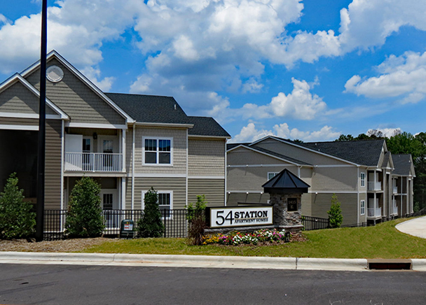 Chaucer Creek Capital Acquires Newly-Built 264-Unit Apartment Community in Durham, CBRE Arranges $33 Million in Financing