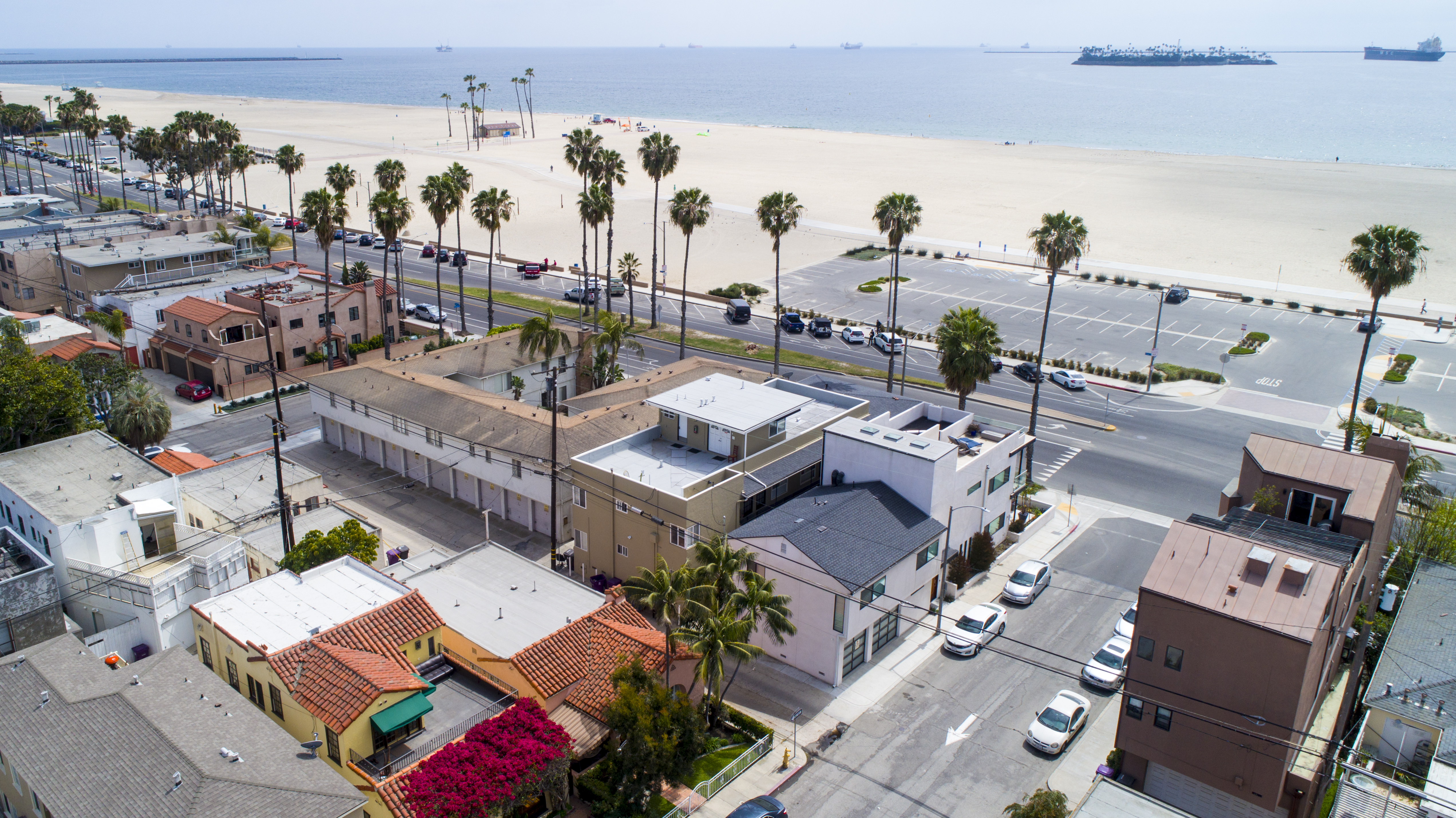 Cbre Annouces Sale Of Oceanfront Multifamily Property In Long Beach,