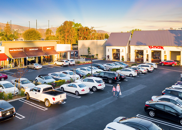 CBRE Facilitates $25.9 Million Loan for Acquisition of Retail Property in Westlake Village, CA