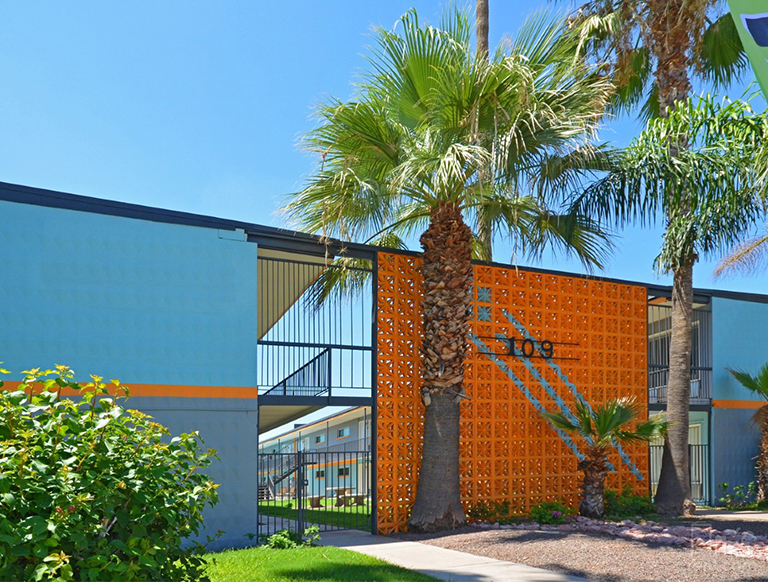 CBRE Brokers $4.8 Million Sale of Apartment Community Near Arizona State University in Tempe