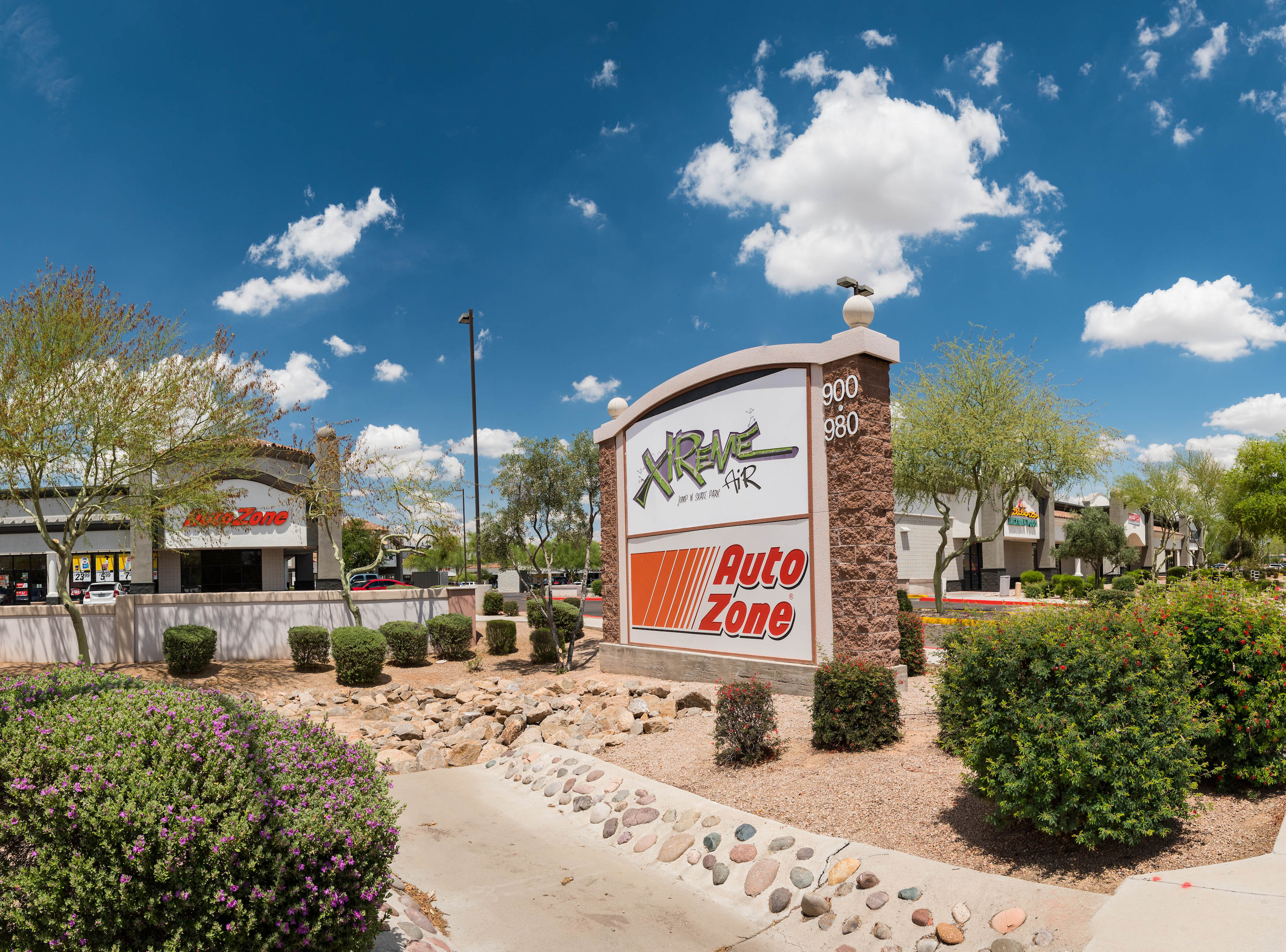 CBRE Announces Sale of Two Metro Phoenix-Area Retail Investment Properties for $5.5 Million