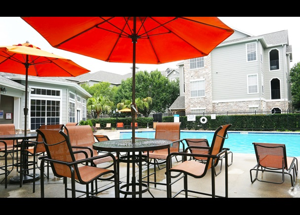 CBRE Arranges Sale Of Northwest Houston Multifamily Asset CBRE Mesmerizing Houston Outdoor Furniture Property