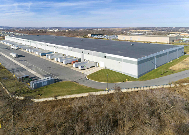 CBRE Announces Sale of Class A LogistiCenter at 33 in the Lehigh Valley