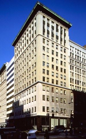 NY_New_York_358_Fifth_Avenue_2663[1].jpg